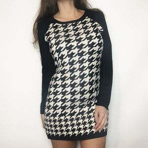 Houndstooth (2/$20) Tunic